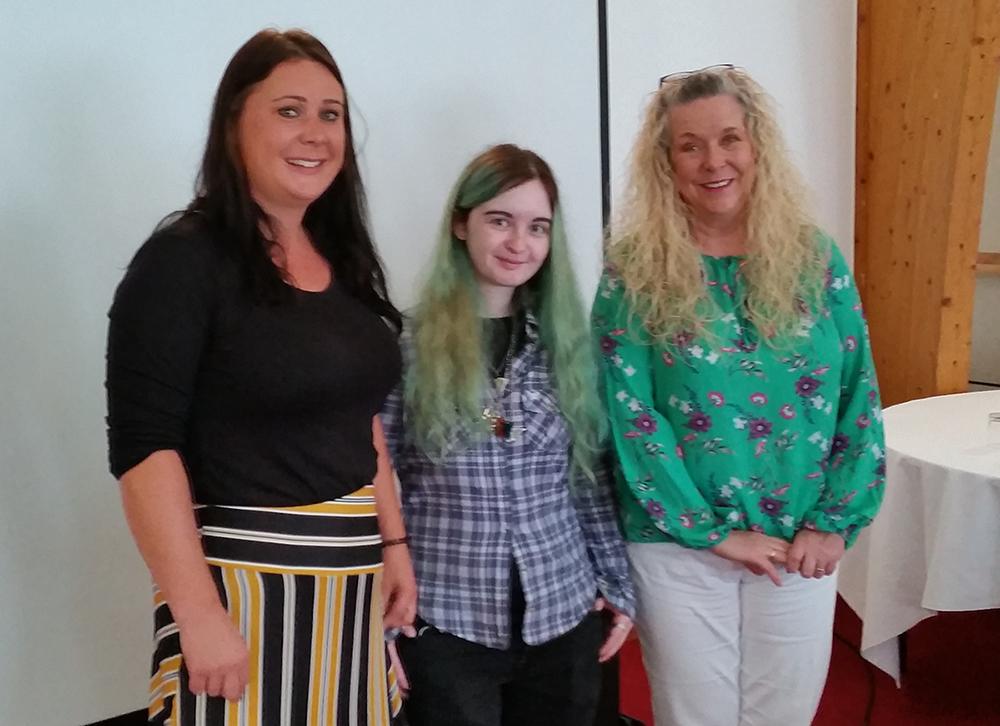 Jess Wilkinson, Bekka Carter, Paula Larter